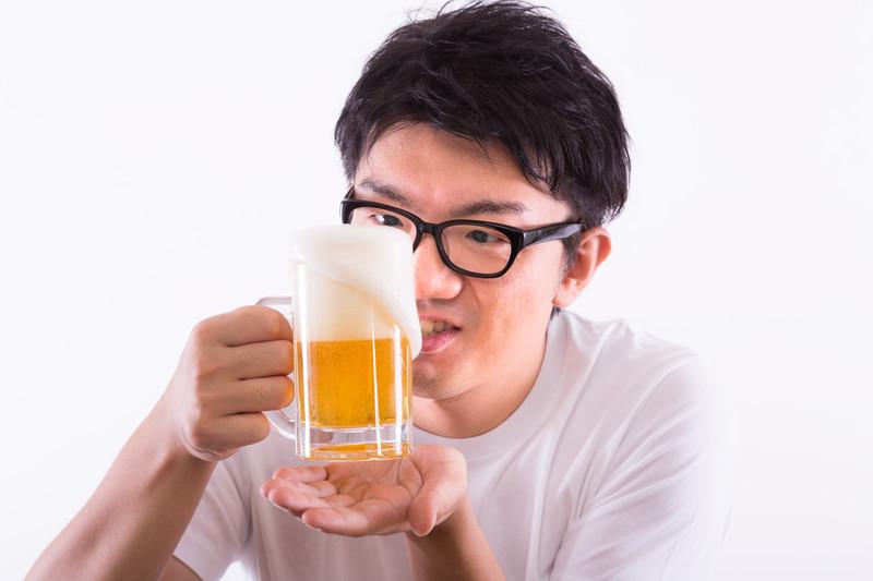 お酒の声や喉への影響